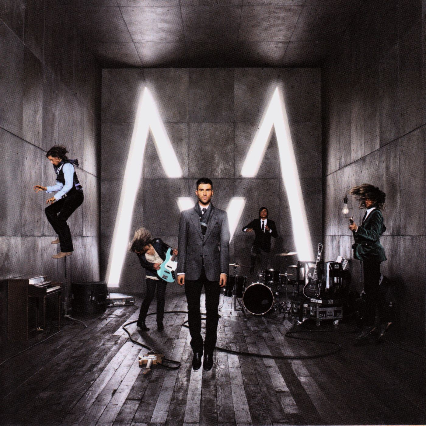 Maroon 5 - It Won't Be Soon Before Long album cover