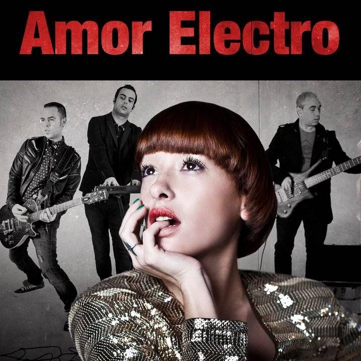 Amor Electro - Cai O Carmo E A Trindade album cover